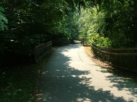 picture of bolin creek greenway a walking and biking path close to Sheps